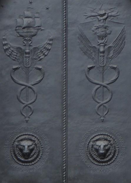 Door of Bank of England