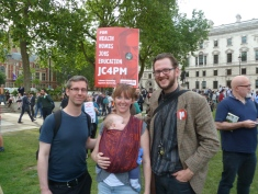 David Breeze und Jo Breeze (r) mit Freund Tom Davis. Wenn Jezz geht, gehn wir auch