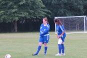 Von Verletzungen gelagt, das Damenteam rechts Nicola Waxler